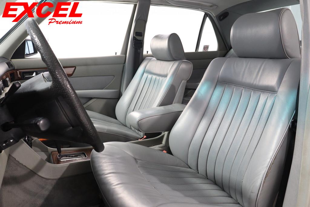 Imagem do veículo MERCEDES-BENZ 300 SE 3.2 6 CILINDROS GASOLINA 4P AUTOMÁTICO