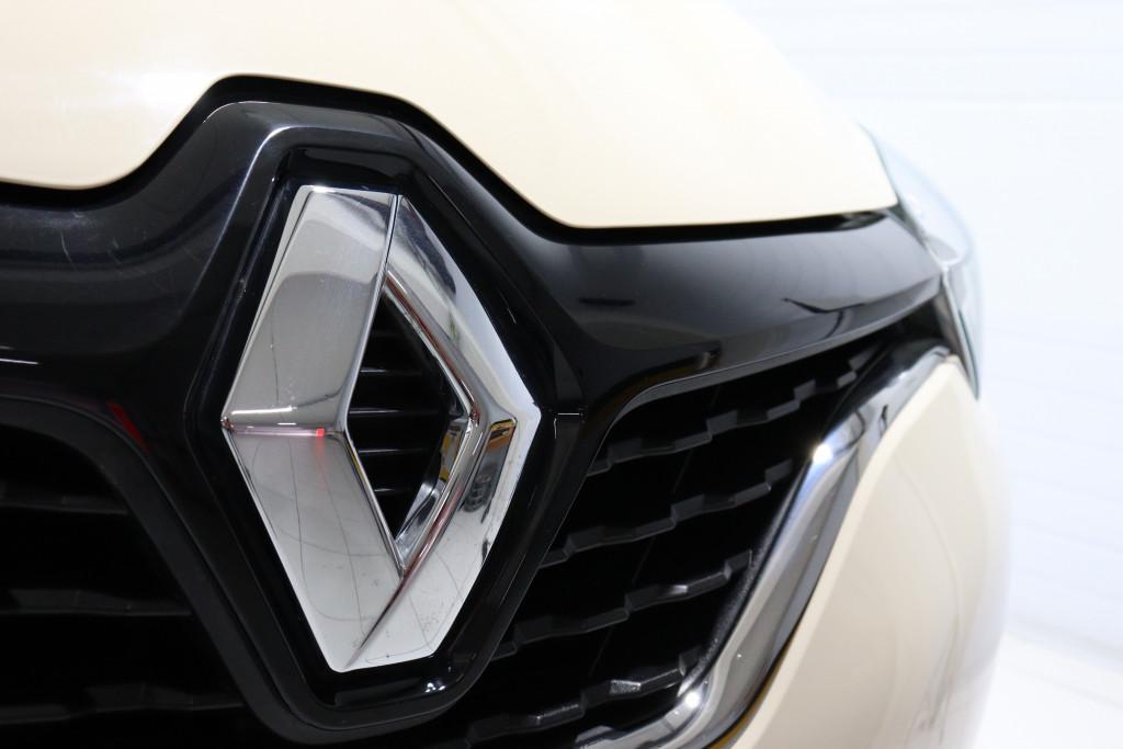 Imagem do veículo RENAULT CAPTUR INTENSE 1.6 16V FLEX 4P AUTOMÁTICO