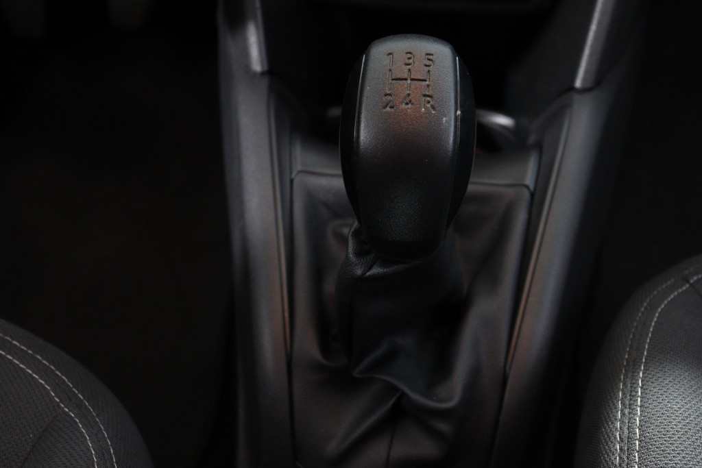 Imagem do veículo PEUGEOT 208 1.2 ALLURE 12V FLEX 4P MANUAL
