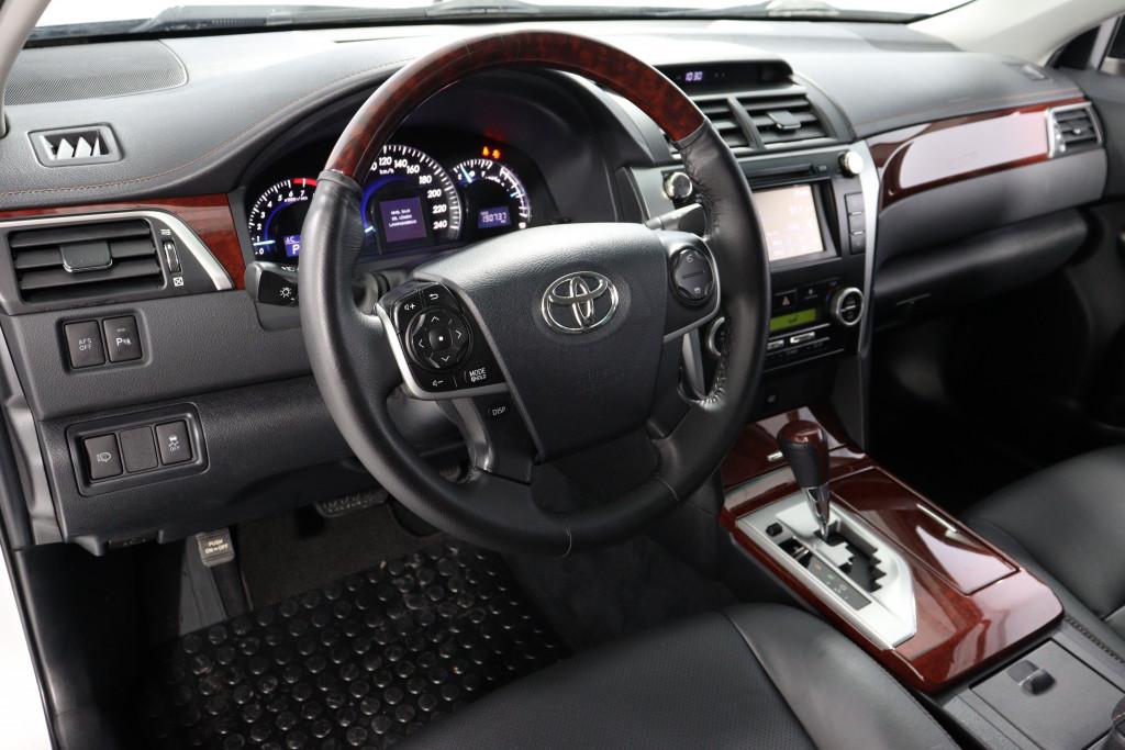 Imagem do veículo TOYOTA CAMRY 3.5 XLE V6 24V GASOLINA 4P AUTOMÁTICO