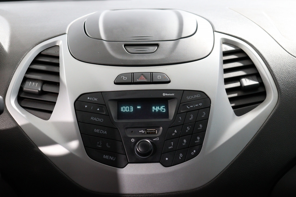 Imagem do veículo FORD KA 1.5 SE 16V FLEX 4P MANUAL