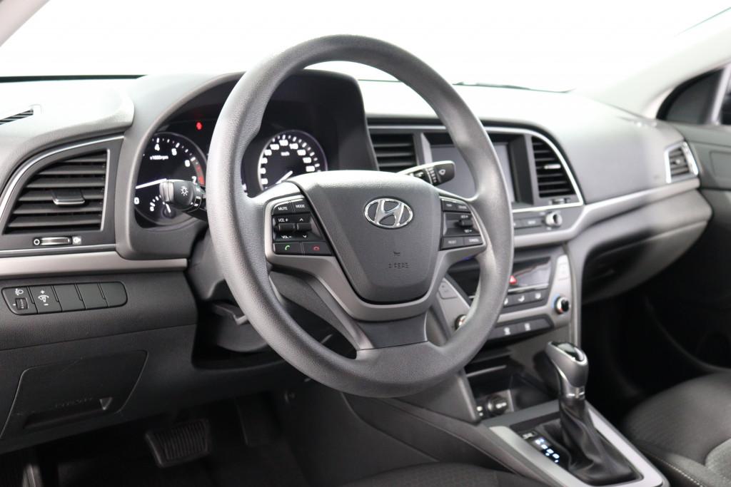 Imagem do veículo HYUNDAI ELANTRA 2.0 16V FLEX 4P AUTOMÁTICO
