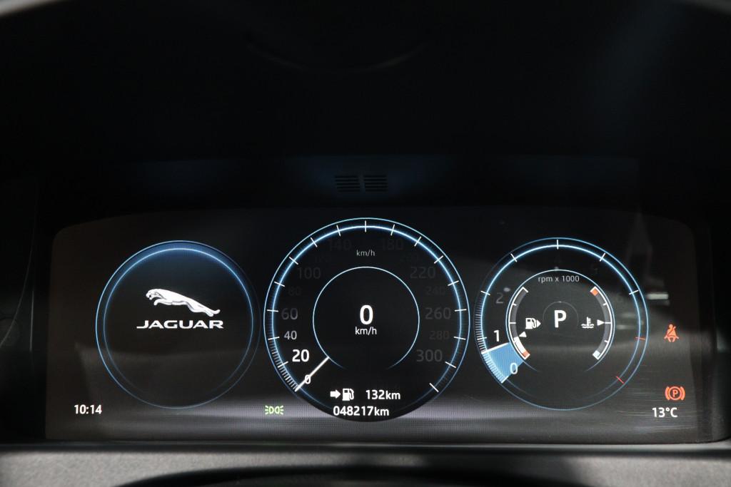Imagem do veículo JAGUAR XF 2.0 R-SPORT GASOLINA 4P AUTOMÁTICO