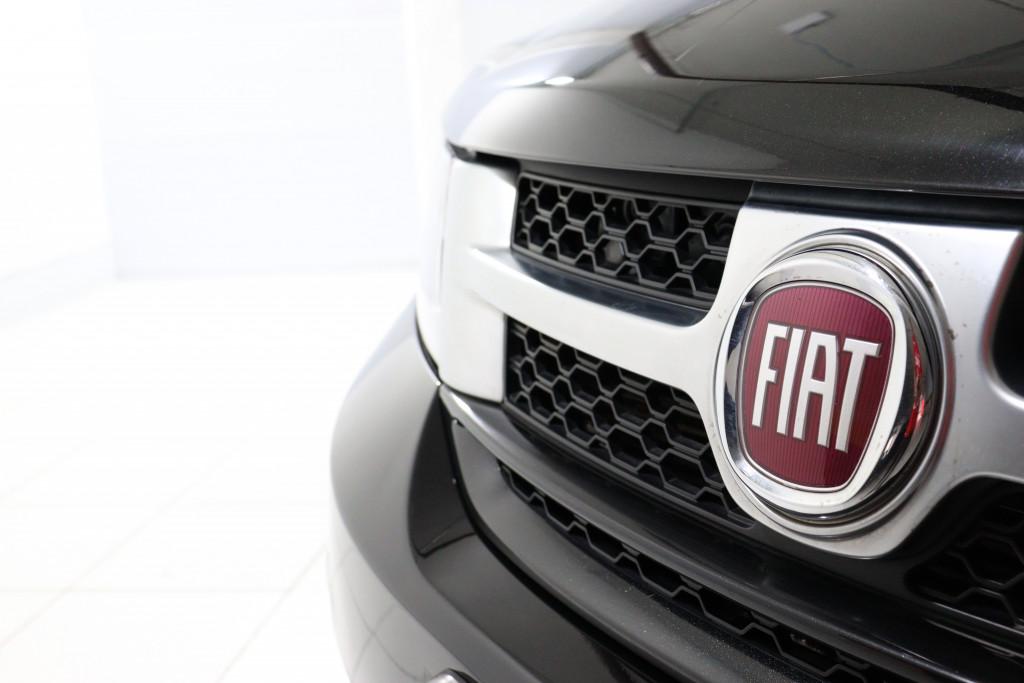 Imagem do veículo FIAT FREEMONT 2.4 PRECISION 16V GASOLINA 4P AUTOMÁTICO 7 LUGARES