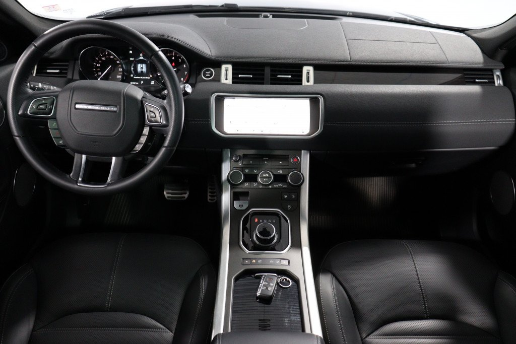 Imagem do veículo LAND ROVER RANGE ROVER EVOQUE 2.0 HSE DYNAMIC 4WD 16V 4P AUTOMÁTICO