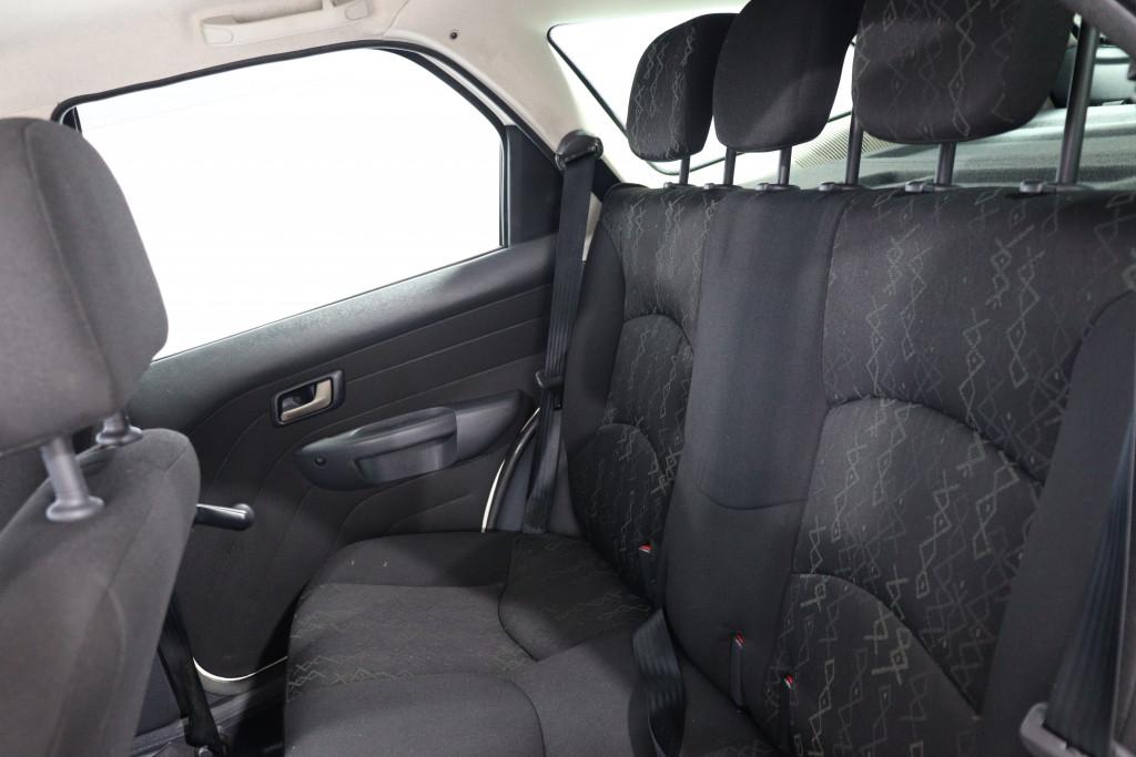 Imagem do veículo FIAT PALIO 1.6 TREKKING WEEKEND 16V FLEX 4P MANUAL