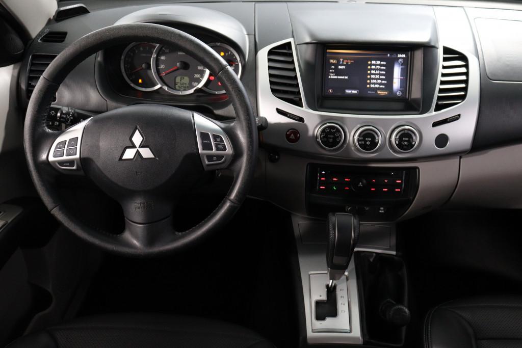 Imagem do veículo MITSUBISHI L200 3.5 SPORT HPE 4X4 V6 24V FLEX 4P AUTOMÁTICO