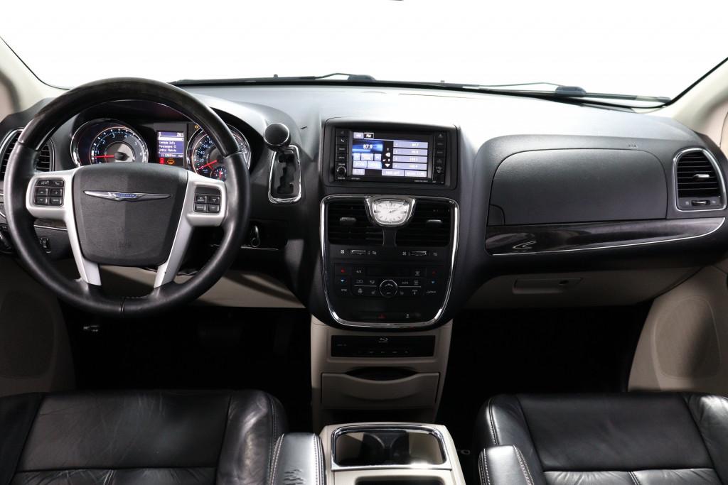 Imagem do veículo CHRYSLER TOWN & COUNTRY 3.6 LIMITED V6 24V GASOLINA 4P AUTOMÁTICO 7 LUGARES