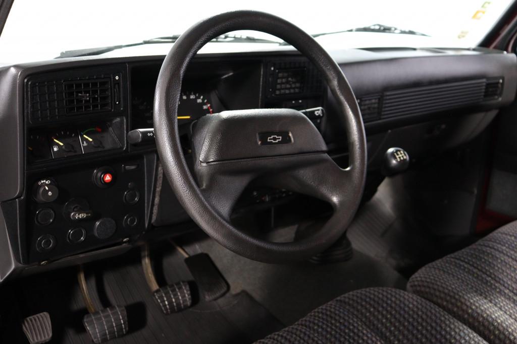 Imagem do veículo CHEVROLET D20 4.0 CUSTOM DE LUXE CD 8V DIESEL 4P MANUAL