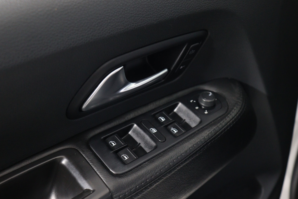 Imagem do veículo VOLKSWAGEN AMAROK 2.0 TRENDLINE 4X4 CD 16V TURBO INTERCOOLER DIESEL 4P AUTOMÁTICO