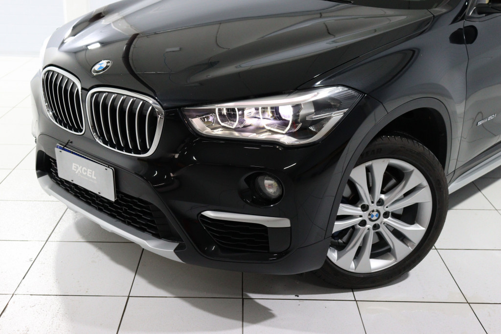 Imagem do veículo BMW X1 2.0 16V TURBO ACTIVEFLEX 20I X-LINE 4P AUTOMÁTICO