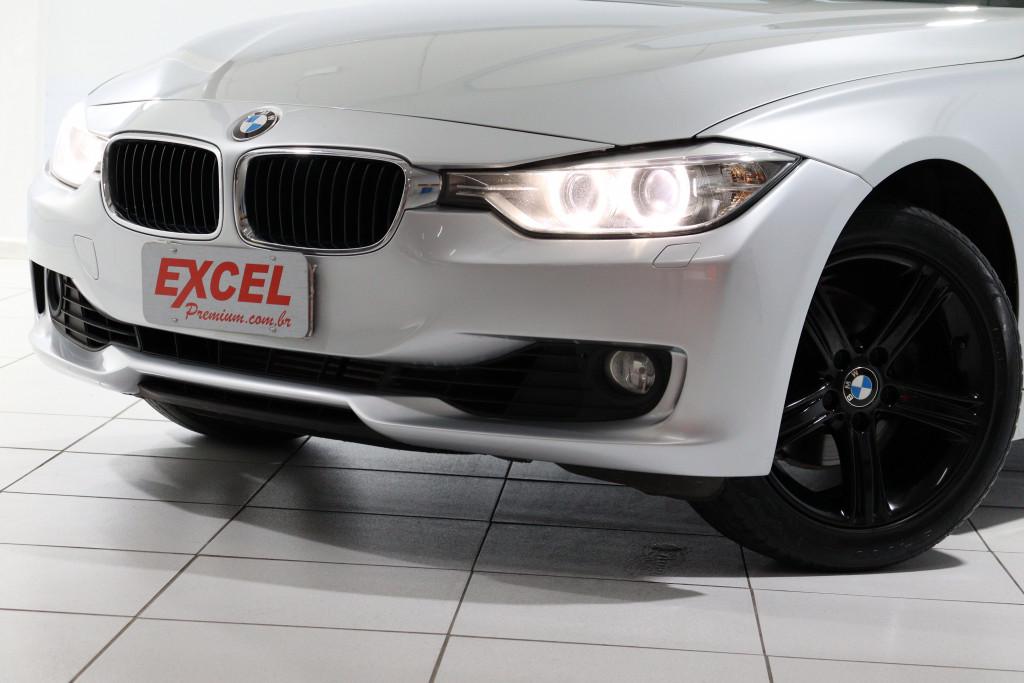Imagem do veículo BMW 320i 2.0 16V TURBO ACTIVE FLEX 4P AUTOMÁTICO