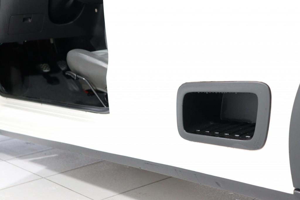 Imagem do veículo VOLKSWAGEN SAVEIRO 1.6 MI TRENDLINE CS 8V FLEX MANUAL 2P